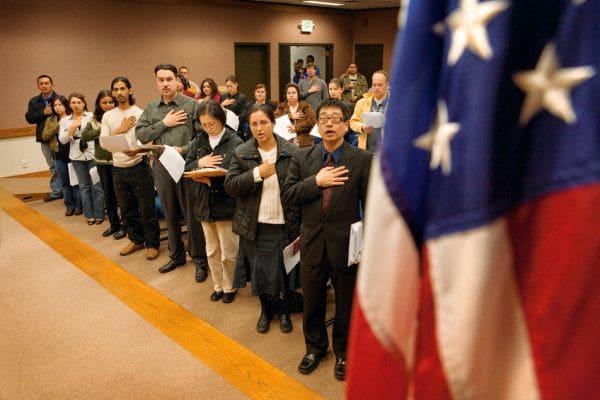 Điều kiện thi nhập quốc tịch Mỹ cho người định cư
