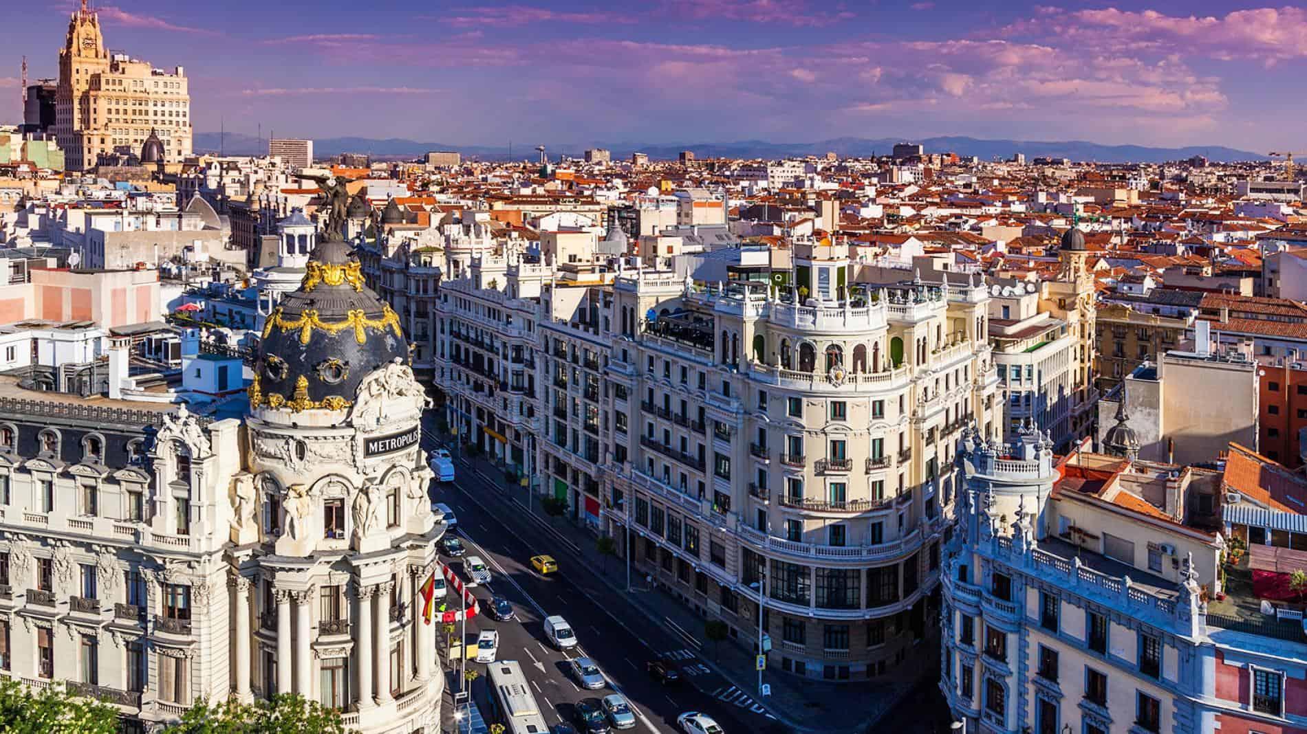 Tây Ban Nha đã có những bước tiến đáng kể trên nhiều khía cạnh y tế, giáo dục, du lịch