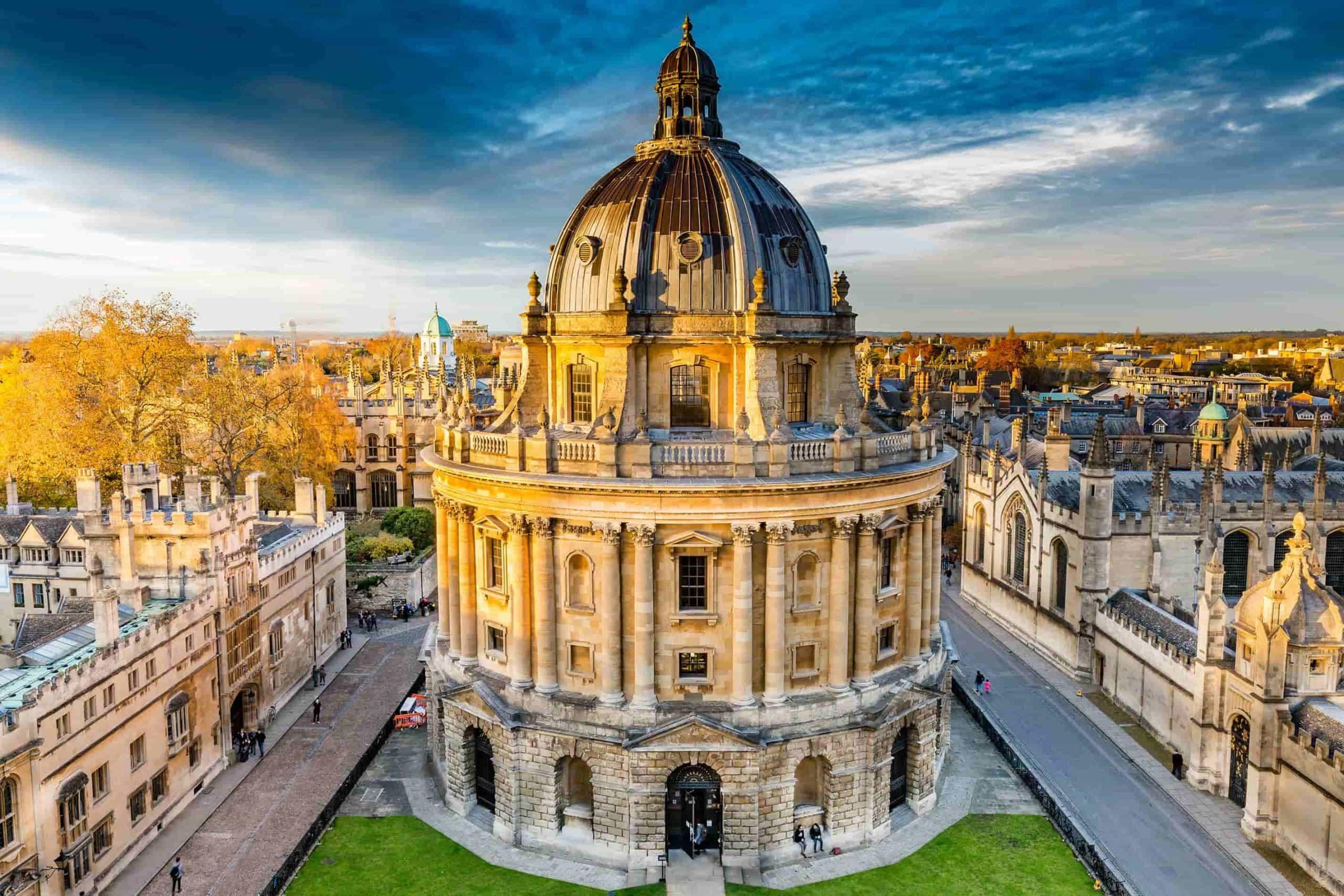 Đại học Oxford danh tiếng. Ảnh: propertybooking
