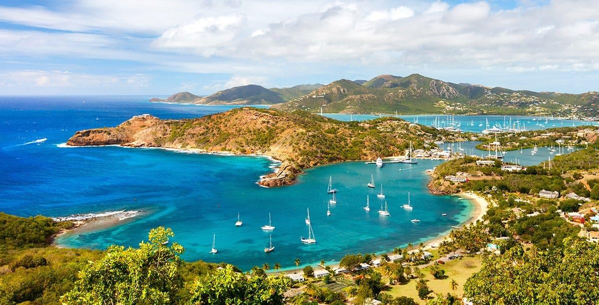 Công dân nước nào lấy hộ chiếu Antigua và Barbuda