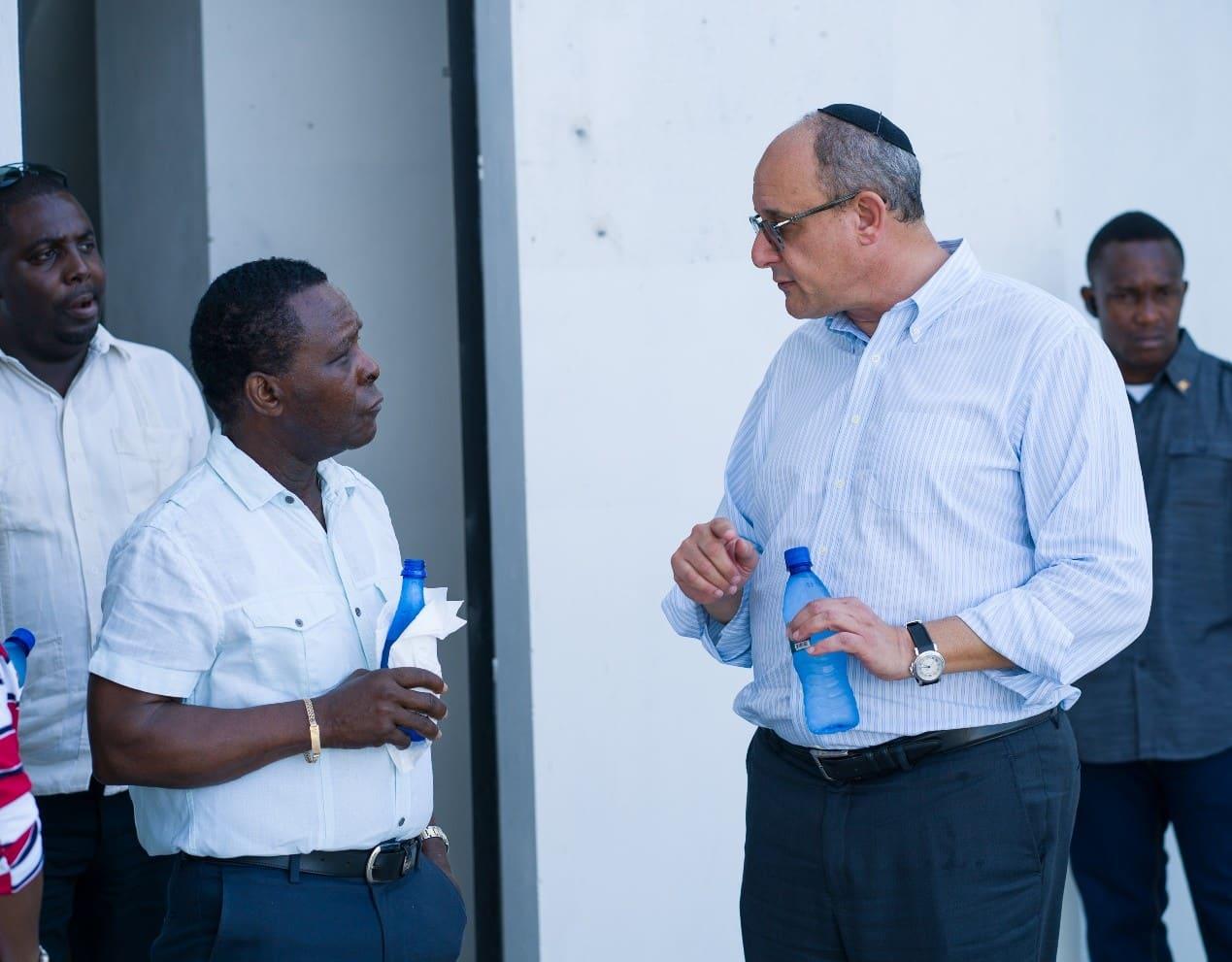 Thủ tướng Grenada ghé thăm dự án Kimpton Kawana Bay