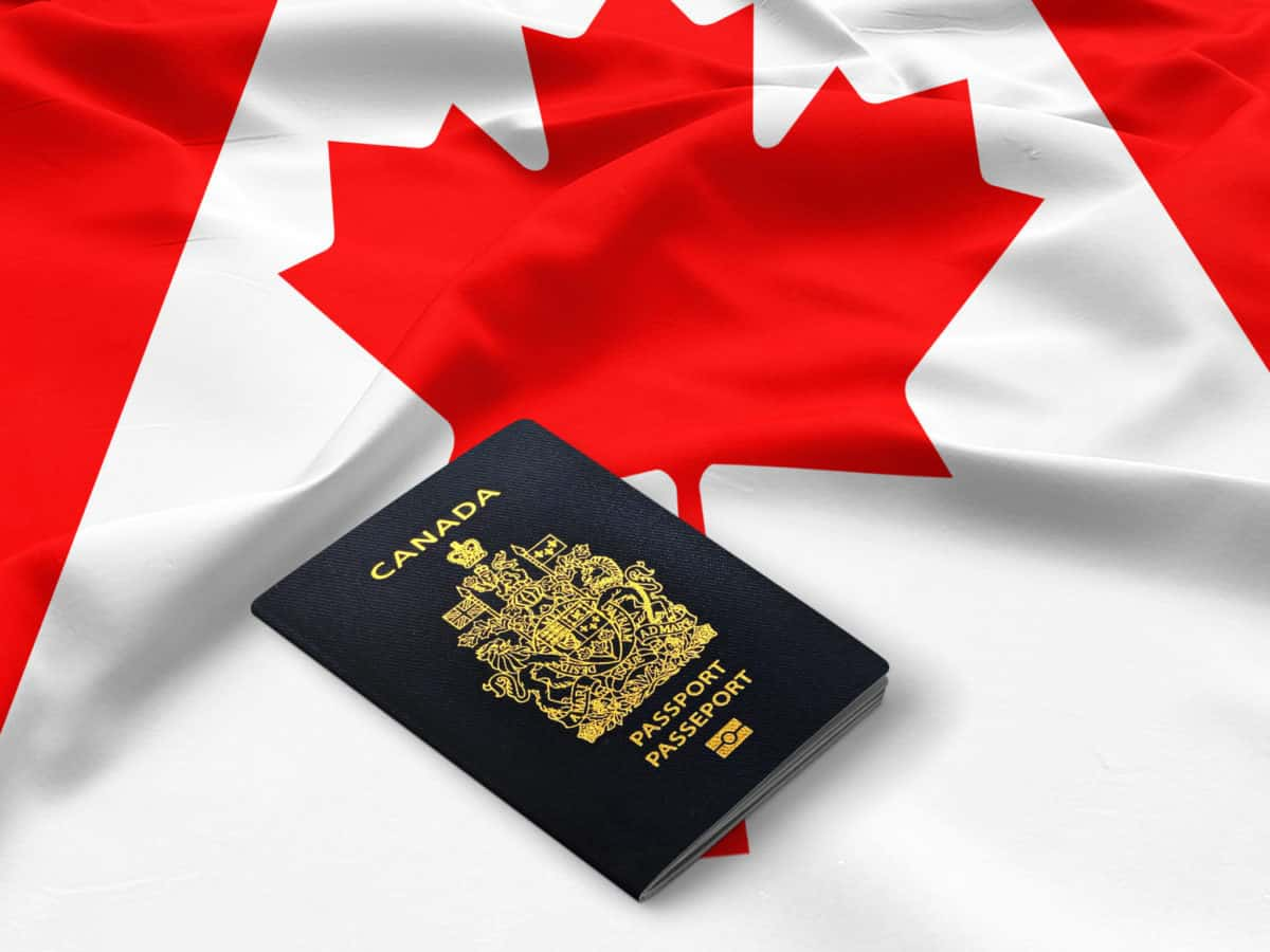Chính sách công tạm thời nhằm tạo điều kiện cấp quyền thường trú cho công dân nước ngoài ở Canada